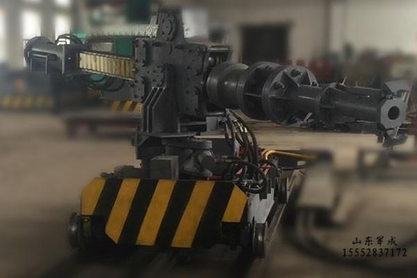 出炉机器人